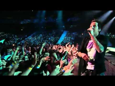 Simple Plan - Summer Paradise (ft. K'naan) Live at the 2012 Juno Awards