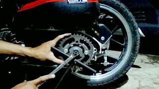 Cara membongkar puly belakang metik dengan alat seadanya