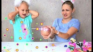 Алиса открыла РЕДКУЮ куклу ЛОЛ КОНФЕТТИ поп !!! LOL doll меняет цвет волос и одежды !!!