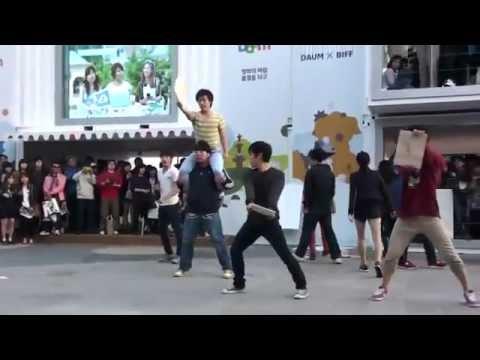 Hip hop đường phố kết hợp Taekwondo hay sốc