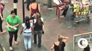Female Pick Pocket Thieves Clean Out Victims In Colombian Streets