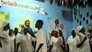 SOCIETE LE YO WE YO SEZI!!!kanzo 3/2011 kay etwal bwiye et apres dieu bon hougan. pt3