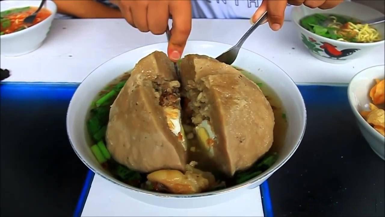 Kelenger garagara makan bakso raksasa  YouTube