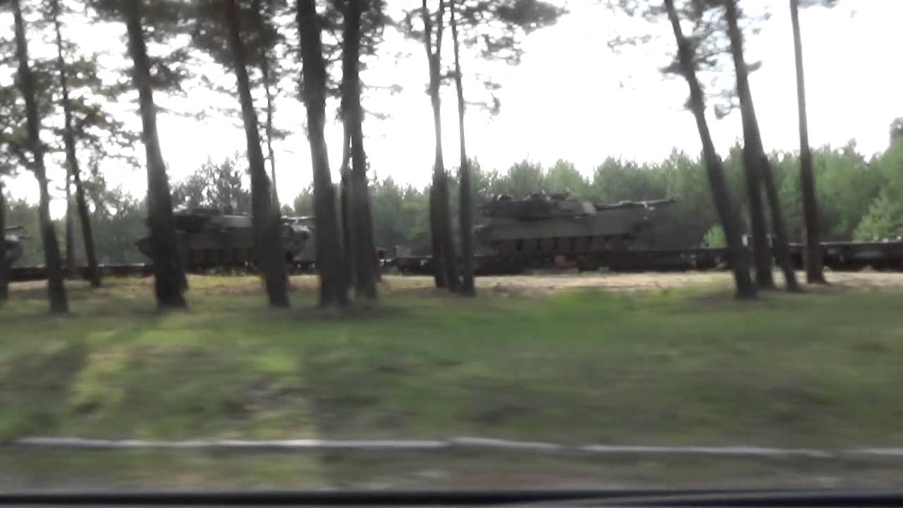Opuszczone miasto Pstrąże / Strachów i wojska NATO