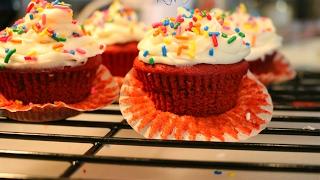 Red Velvet Cupcake happy valentine's day