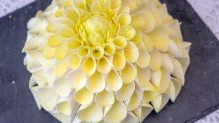 Dahlie aus Blütenpaste / Gum paste dahlia tutorial