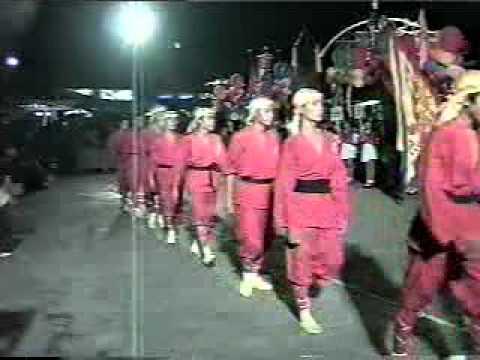 Đoàn Lân Phù Đổng Q.6 tham dự liên hoan LSR thành phố 2003 P.1.mpg