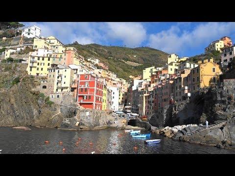 Riomaggiore - Cinque Terre - Hiking To Manarola - Italy - Italia - Via Dell'Amore - The Way Of Love