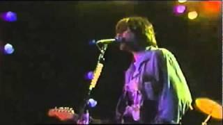 Nirvana Negative Creep  con subtitulos ( en vivo desde Hollywood Rock Festival )