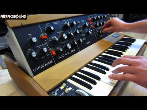 Moog Minimoog Model D sound design tutorial Ultravox Vienna