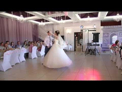 великолепный свадебный танец Артёма и Тани 19.07.2014