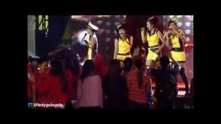 Lady Gulagula Perform di Pekan Raya Jakarta 2012