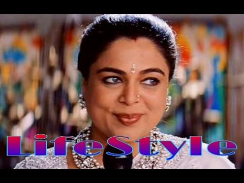 Reema Lagoo Biography | Family & Career