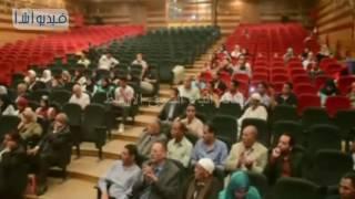 بالفيديو : محافظ المنيا يفتتح مهرجان الشعر العربي  أسبوع في حب مصر U