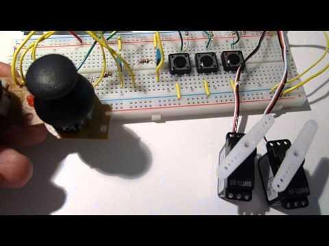 Contrôler  deux servomoteurs  avec un joystick
