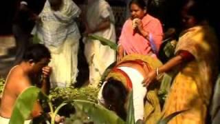 03.Tattvas Gaye Holud Snan: Bengali Marriage: Soumendra Nath Thakur Weds Aparna (Mira) 2009