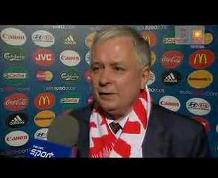 """Pan Prezydent Kaczyński o meczu z Austrią ... """"Roker Perejro"""" i Artur """"Borubar"""""""