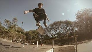 Birth Co. - Vini Grein 10 Tricks no Zerão(Nosso atleta Vini Grein foi mais uma vez para Londrina, e dessa vez o video foi gravado no Zerão, a pista pública de lá, com participação especial de Diogo ..., 2013-08-19T19:49:19.000Z)