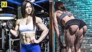信じられない…!!アジア人女性のありえない筋肉