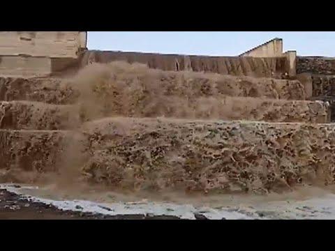 سيول رهيبة جنوب السعودية ، جازان ، وادي جورا - الباحة ، وادي سمعة