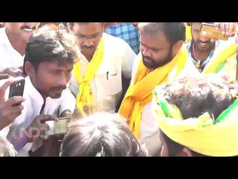 Revanth Reddy and Kancharla Bhopal Reddy Raithu Poru Padyathra from Narketpalli to Nalgonda