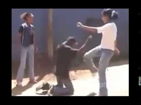 Ethiopia: Findataw got his a$$ kicked by two girls in Addis street