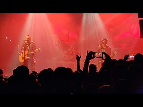 Backyard Babies - Song for the outcast (acoustic) mp3