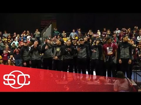 Loyola-Chicago celebrates Final Four berth with packed house on campus | SportsCenter | ESPN
