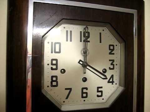 Đồng hồ treo tường Pháp cổ hiệu MF