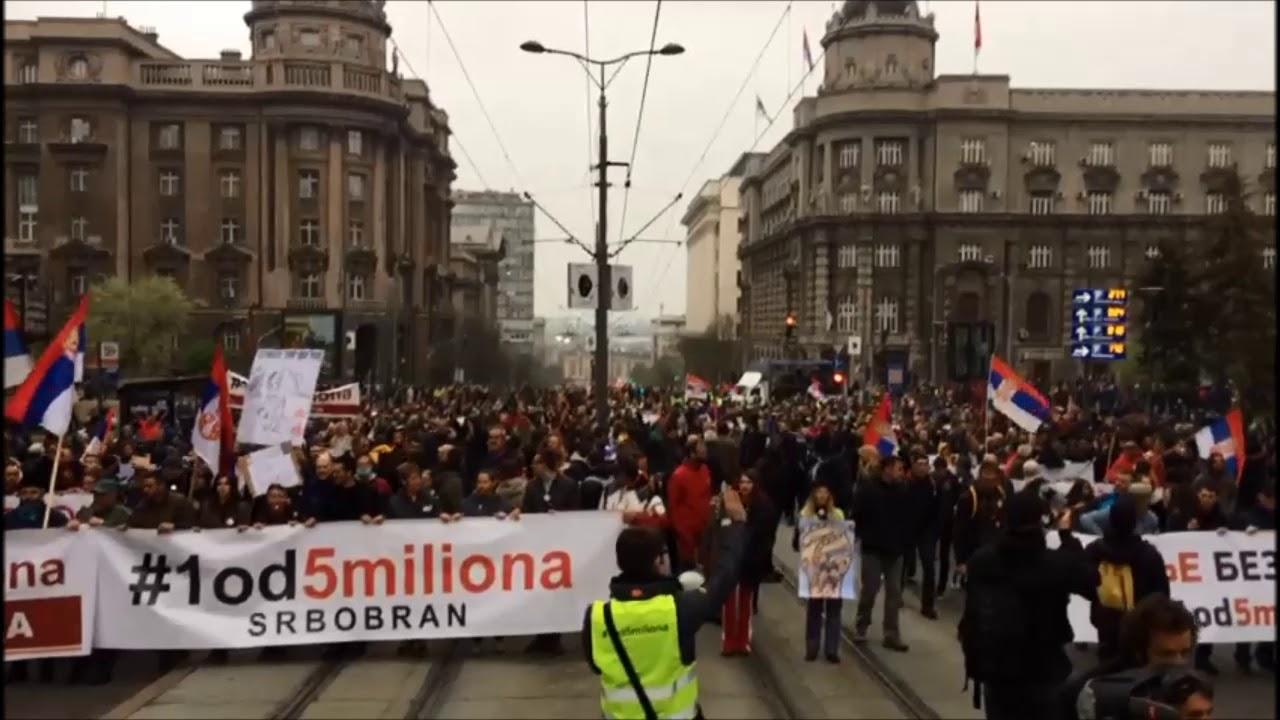 Антиправительственное шествие в Белграде