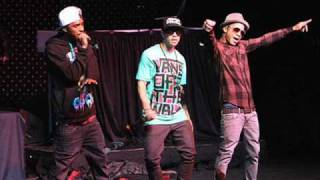 New Boyz Feat. chris brown- call me dougie
