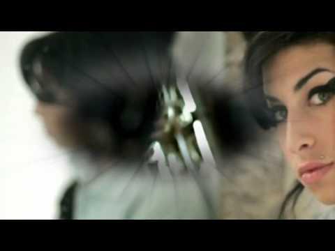 Amy Winehouse -  Rehab + testo tradotto