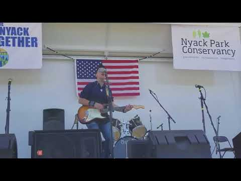 Jake Thistle -- Thunder Road (Bruce Springsteen cover live from The Great Nyack Get Together)