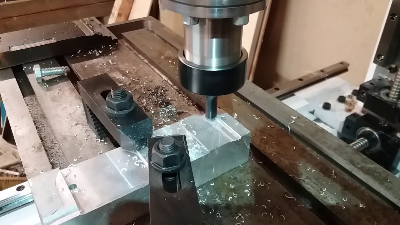 Diy CNC milling machine, second test 10mm rougher  - Самые