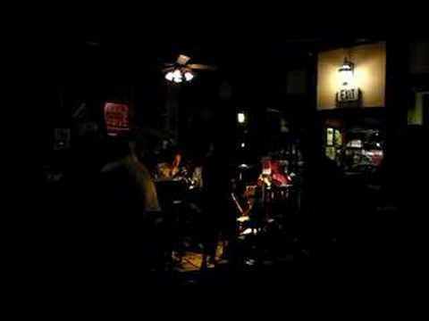 James Joyce Pub Band