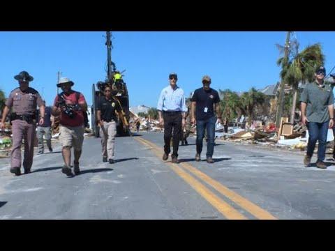 Le gouverneur de Floride évalue les dégâts à Mexico Beach