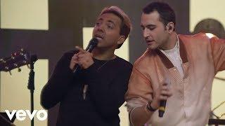 Christian Castro - Es Mejor Así (En Vivo) ft. Reik