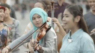 Iklan Bank Mandiri edisi Dirgahayu Kemerdekaan RI ke 70   Backsong Lagu Indonesia Pusaka