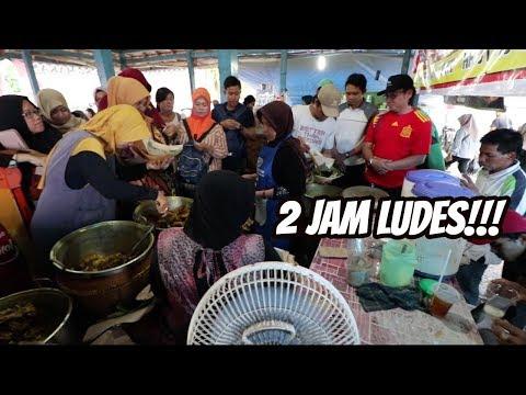 JUALAN CUMA 2 JAM SETIAP HARI, RAME BANGET YANG ANTRI!!
