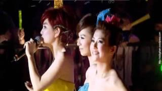 [Vietsub + Kara] S.H.E - Zen Me Ban (What to do - Làm sao đây) (Version Concert S.H.E is the One) Mp3