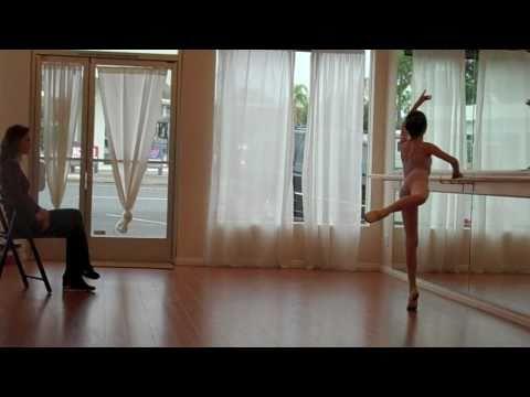 Chaines Turn Ballet Ballet Attitude Turns Into