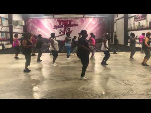 Love in the Stable Line Dance (Fun for All)