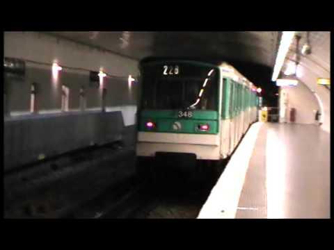 MF67 : Dans la boucle de la station Porte Dauphine sur la ligne 2 du métro parisien : 4 Juillet 2009