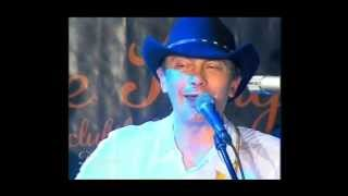 La min. 1:57 - Desperado live - Lasa-ma sa beau muiere ( intro cu TC Dorin Marincas ep.28)
