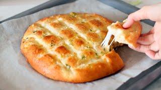После этого рецепта вы больше не будете покупать хлеб Мягкий чесночный сырный хлеб