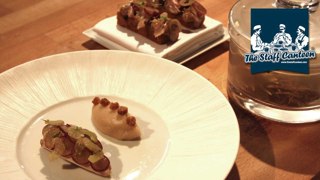 Midsummer House Restaurant Cambridge 2-michelin star chef daniel clifford creates a roast quail and shallot  puree recipe