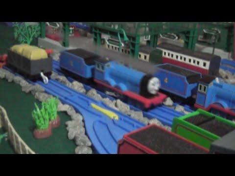 TOMICA Edward Puffing Smoke and Wheeshing Steam!