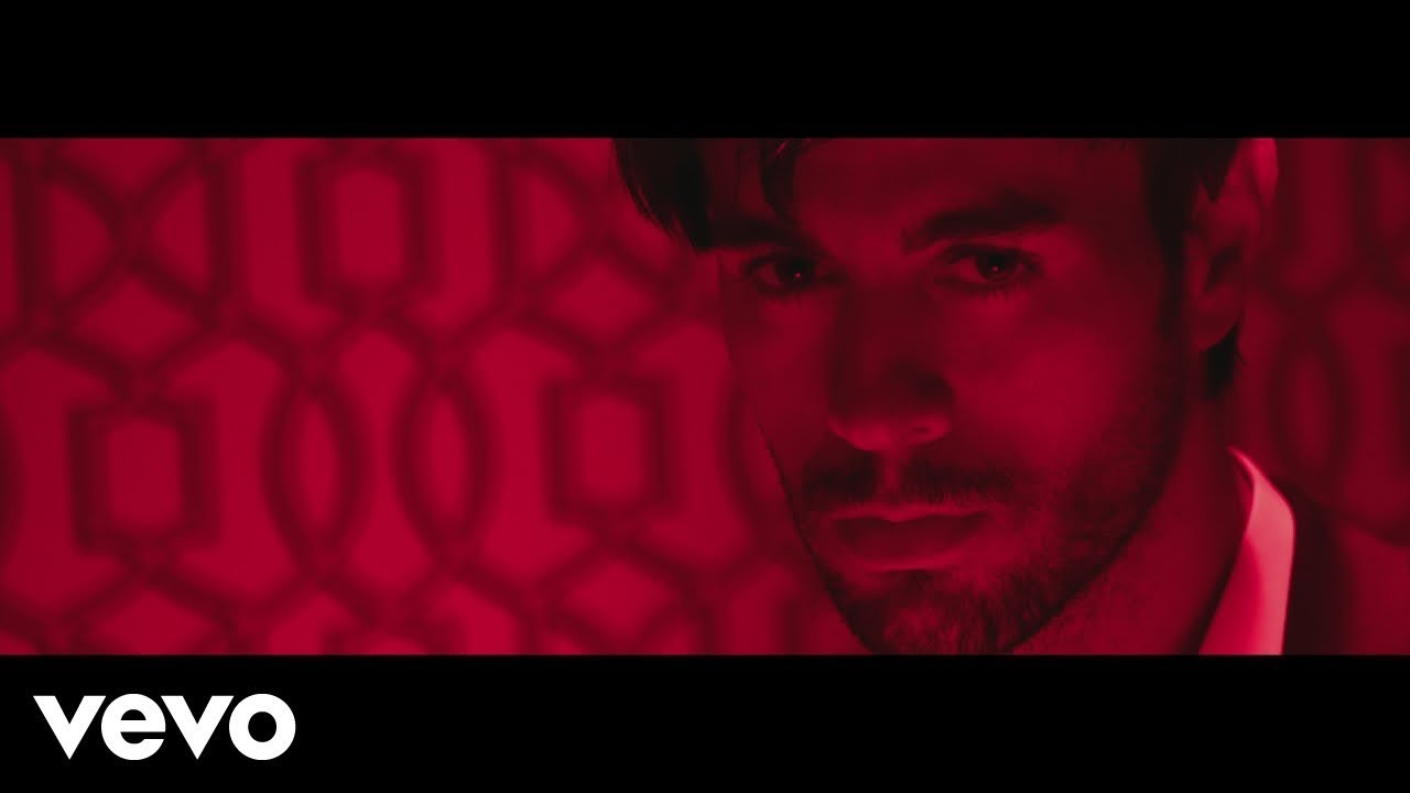 Enrique Iglesias El Baño Ft Bad Bunny Youtube