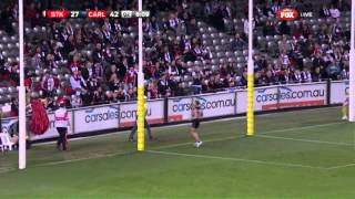 Chris Yarran on the run - AFL