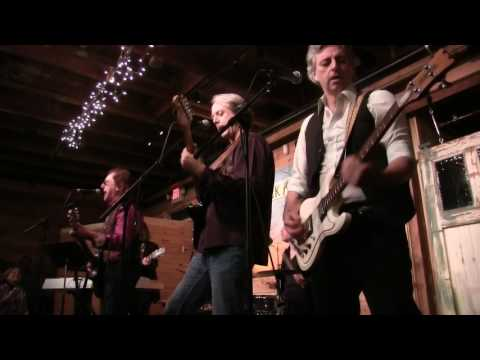 Denny Laine performs Band on the Run